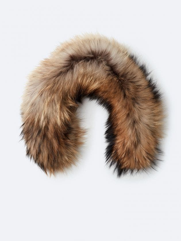 Tawny fur with zipper