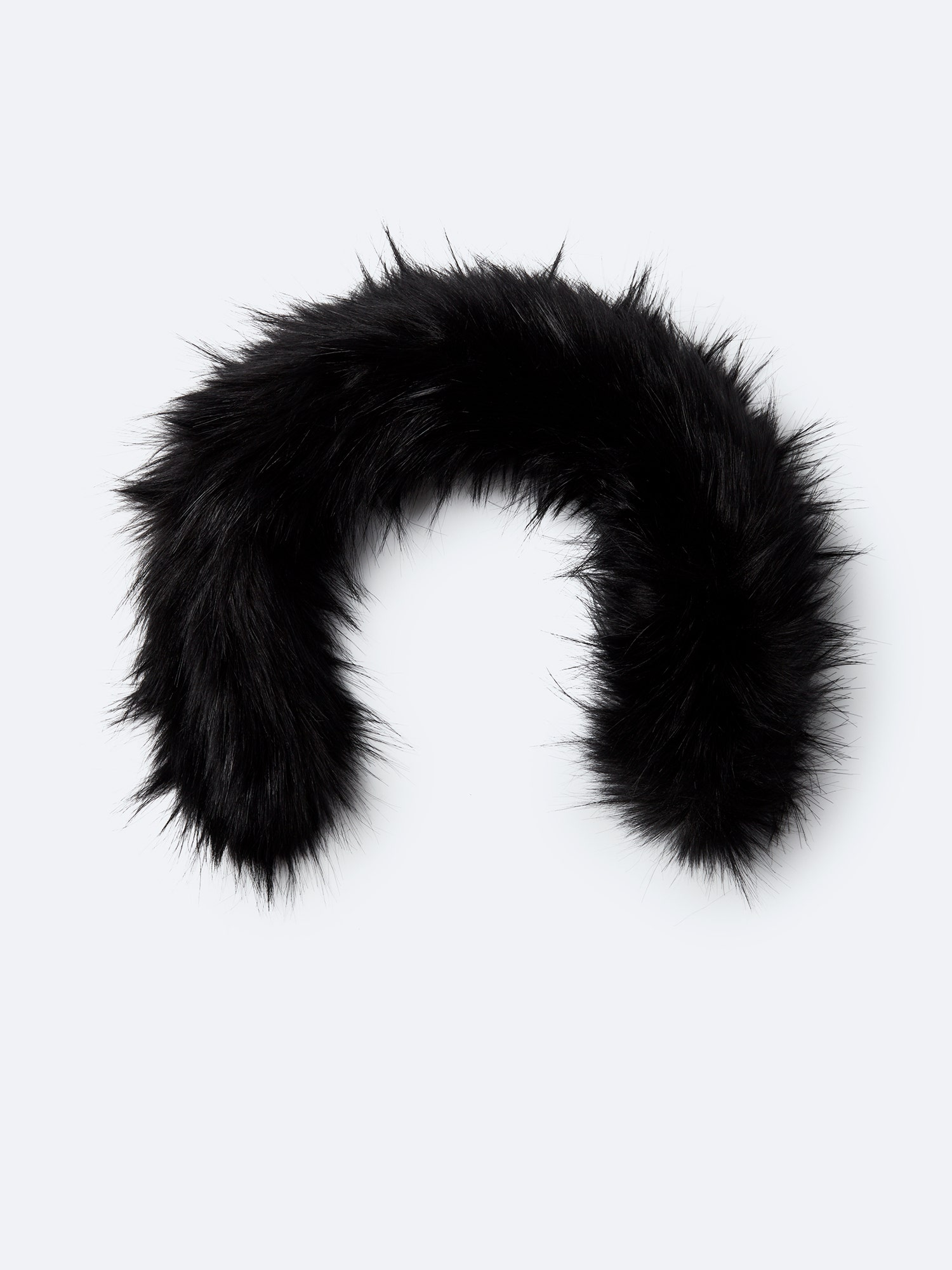 Synthetic fur black 23 inches